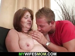 Mendicant fucks girlfriends matriarch age-old pussy