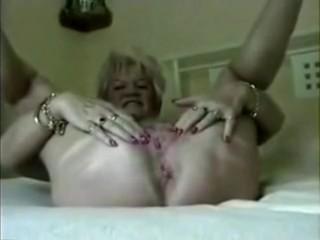61 age aged Loria upon amazupong soffscouringsgular