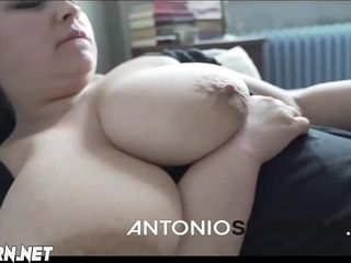 Antonio hump mommy with big juggs