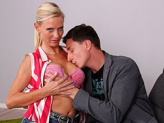 Super super-hot German housewife dirty Tina poking and deep-throating