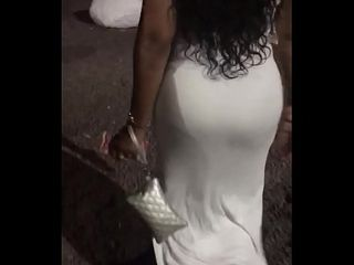 BIG ROUND EBONY MATURE ASS WALKING (Part 1)