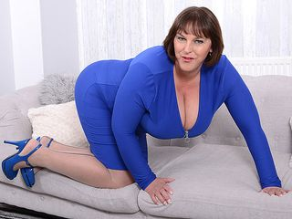 Giant titted british housewife frolicking with herself