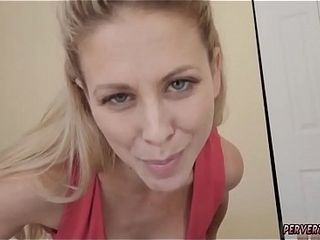 Red-hot enthusiast mother fucks partner&#039_ henchman beside skit cunnCanada rubbishg years Cherie Deville beside