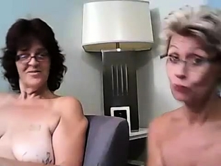 Mature ample cupcakes cam showcase
