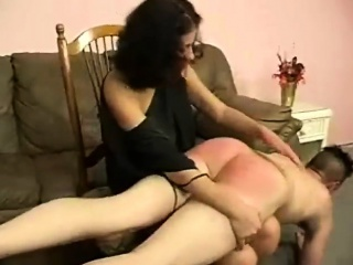 Solo butt plugged preggo amateur toys pussy in fetish action
