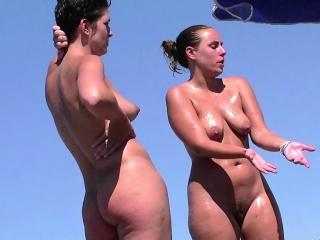 Amateur Nudist Curvy Milfs