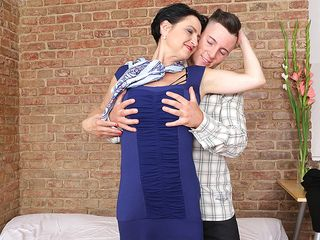 Naughty housewife has a ultra-kinky tryst with her toy man