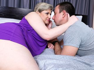 Furry mature wostud penetrating her plaything stud