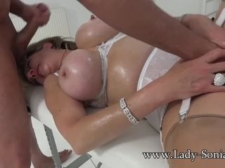 Lassie Sonia grown up floozy Oiled to coupled with Sucking bushwa