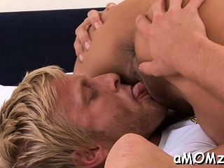 Salami asking mature floozy gets amazing sexual delight