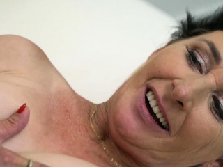 Gilf gets throat nutted