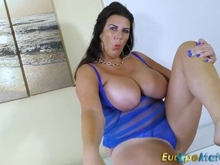 Huge-titted mother Solo movie