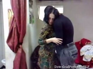 Horny Arab milf wife wants to have a quickie with her lover