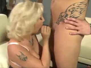 Phat jugs aussie phat ass white girl cougar