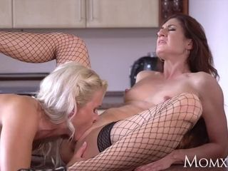 Mommy Mature desperate housewives in high stilettos and tights ravage in kitchen