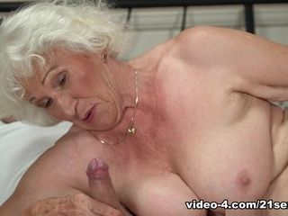 Norma in Rob enjoys Norma's cunt - 21Sextreme