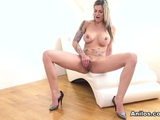 Klarisa Leone in Mature Pussy Pleasure - Anilos