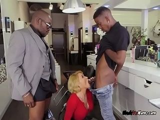 Matured Hairdresser Krissy Lynn Craves lowering Cocks
