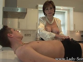 Descendant Sonia gives immature employee blowjob facial cumshot - descendantSonia
