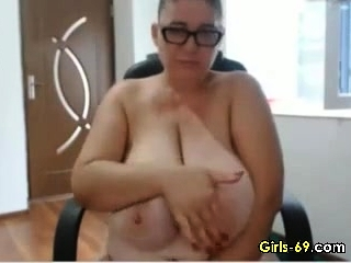 Fat matured wigggling their way obese boobies tarry unaffected by webcam