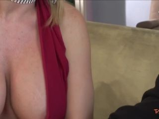 Cockblowing step-mom getting penetrated