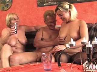 Blondeie mature poons for you - blonde hair stunner