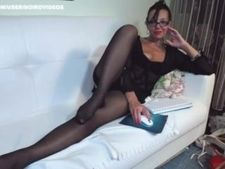 Mature black nylons legs n feet