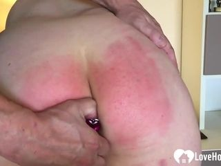 Naughty fellow loves to slap a wifey while she groans