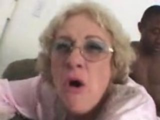 Affectionate blonde granny spread her slutty pussy for BBC